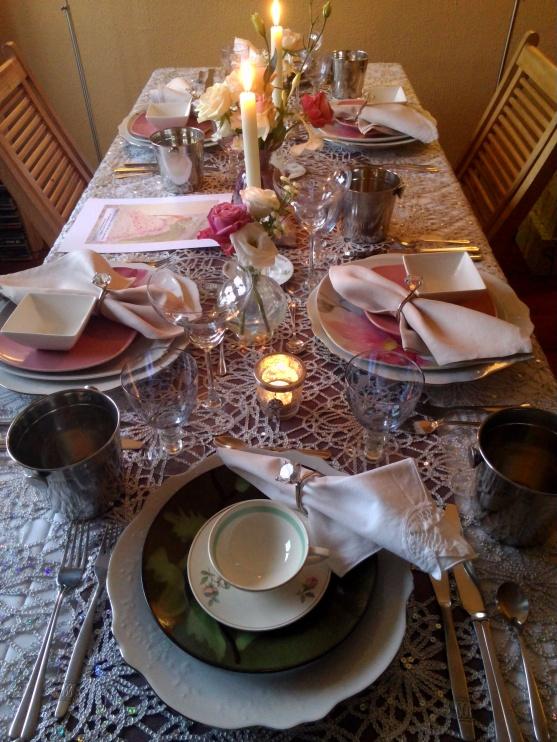 Gedekte tafel compleet